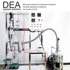 Vacuum Commercial Steam Distillation Equipment Reduced Pressure Use In Laboratory